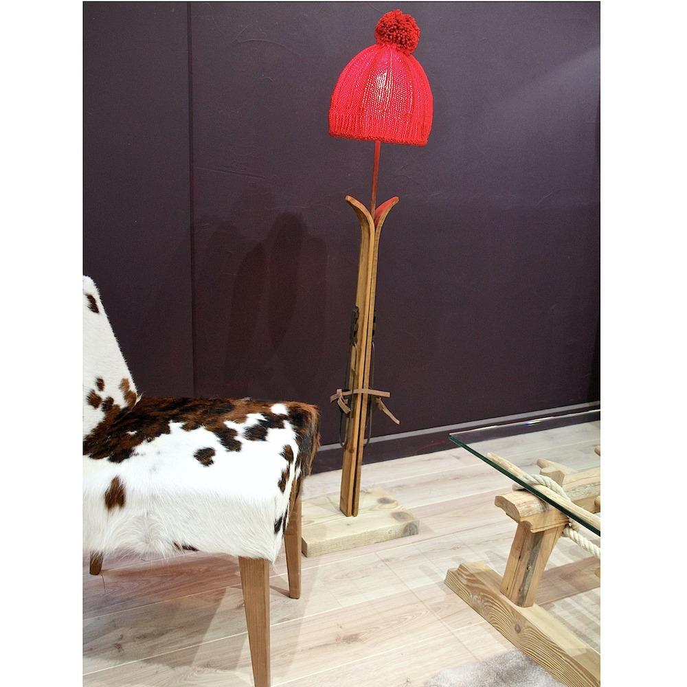 Fabriquer Lampe De Chevet Suspendu lampadaire simple avec skis en bois - les sculpteurs du lac